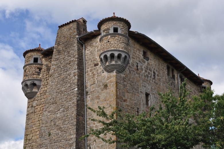 Le château de Hautségur