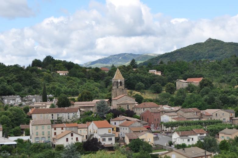 Meyras Le village