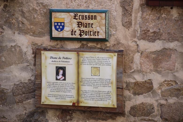 Ecusson Diane de Poitiers - Chalencon - Ardeche-actu - 2016