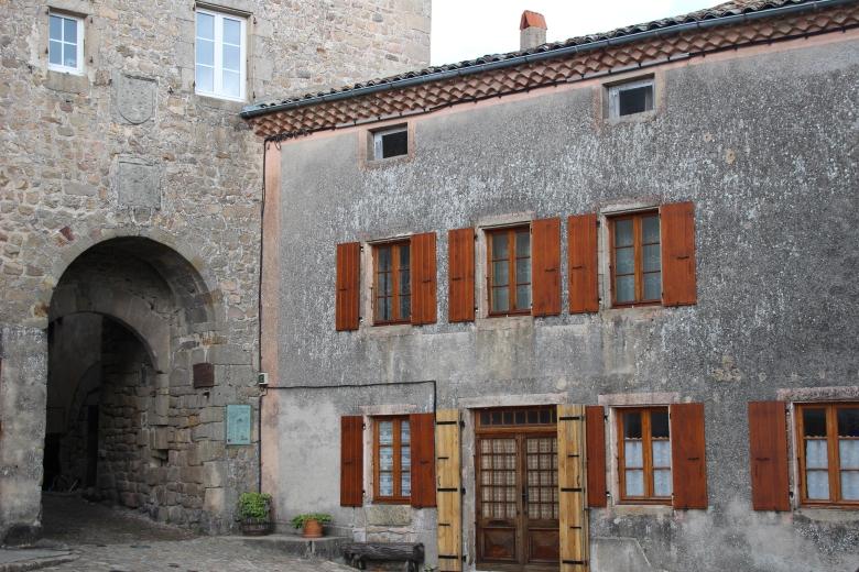 Porte de Besse - Chalencon - Ardeche-actu - 2016
