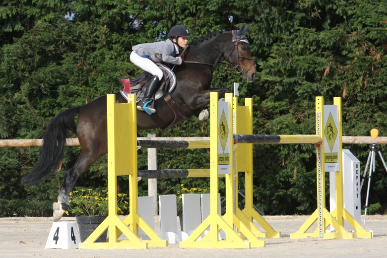 Tournée des as poney de sauts d'obstacles de Privas Saint-Lager-Bressac