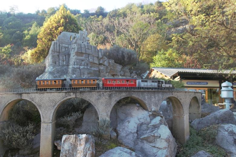 Viaduc - Jardin des Trains Ardéchois - Ardeche-actu - 2016