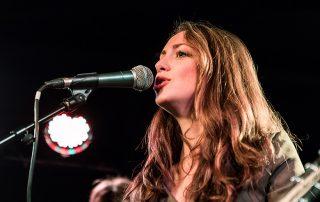 Estelle Mey sur scène